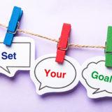 """3 speech bubbles that say """"Set Your Goals"""""""